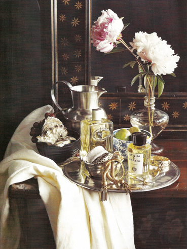 House_and_garden_dressing_table_2