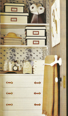 Wallpapered_linen_closet_2